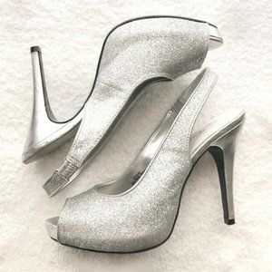 Lulu Townsend Silver Sparkly Slingback Heels 7.5